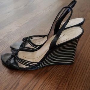 ♠️ Kate Spade : Striped Wedges